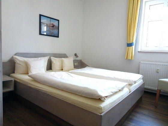 Juist Ferienwohnungen Strandburg 205 Schlafzimmer 2