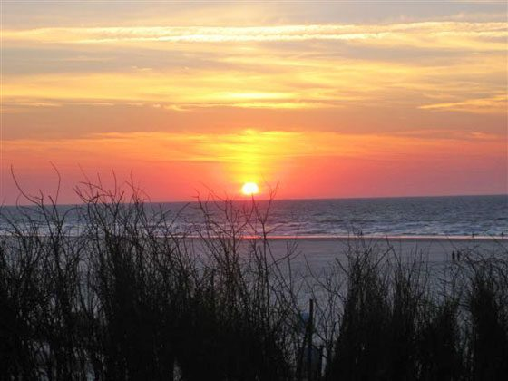 Sonnenuntergang  Juist Strandburg REF: 50971