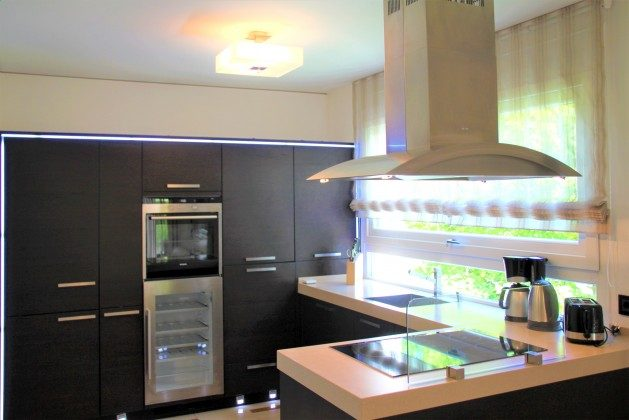 Warnemünde Residenz im Kurpark Ferienwohnung Lagune Küche