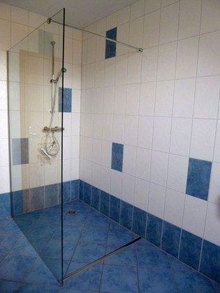 Ein Blick in das Bad (OG).