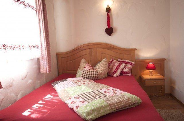 Warnemünde Apartment Kaisersuite Sissi Schlafzimmer 1