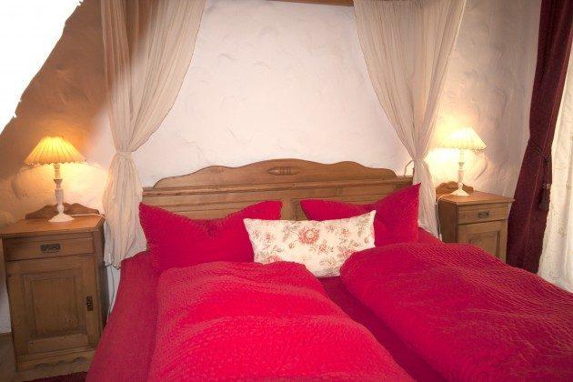 Warnemünde Apartment Kaisersuite Sissi Schlafzimmer 2