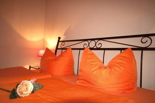 Warnemünde Ferienwohnung Sevilla Schlafzimmer 1