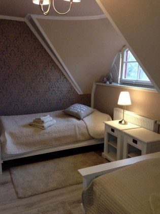 Schlafzimmer 3 Dünengras Ostsee Ferienwohnungen unter Reet Ref: 109908-5