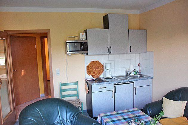 Nienhagen Wohnraum Küchenzeile Ferienwohnung Möller Ref. 130116-1