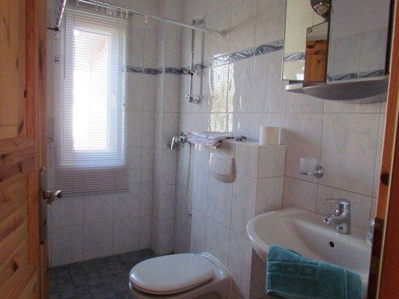 Duschbad mit Waschmaschine, barrierefrei