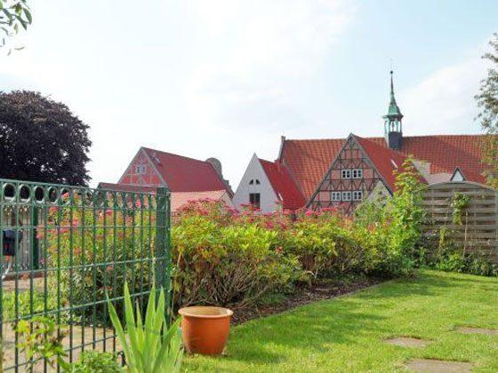Der Garten - Blick vom Esstisch