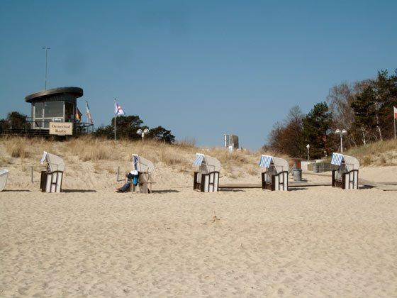 Strand Baabe vorm Haus Meeresblick