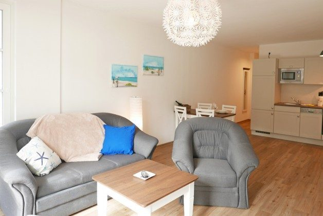 """Blick zum Küchenbereich Ferienwohnungen Baabe """"Arkona"""" im Aparthotel Inselparadies"""