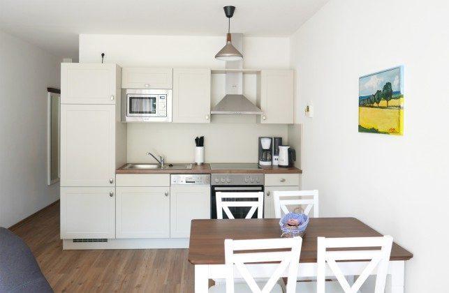 """Küchenbereich Ferienwohnung """"Mönchgut"""" im Aparthotel Inselparadies Ref: 185518-12"""
