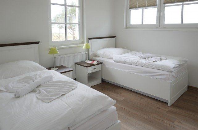 """Schlafzimmer 2 Baabe Ferienwohnung """"Königsstuhl"""" Ref: 185518-13"""