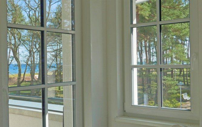 """Blick durchs Fenster  Ferienwohnung Rügen """"Ralswiek"""" im Inselparadies Ref: 185518-7 / W"""