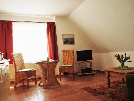 Wohnraum mit Küchenzeile FW 9