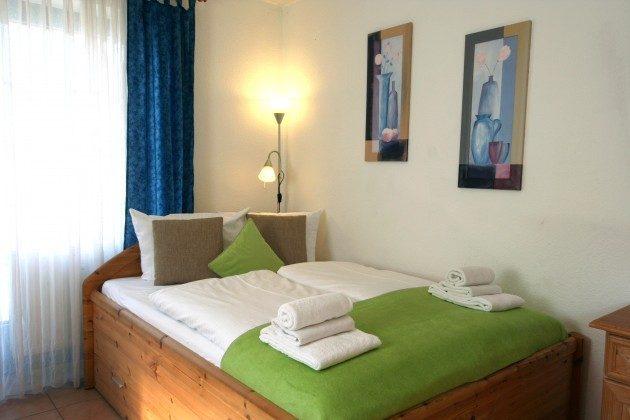 Doppelbett Sellin Neuensiener See Apartment 1 Ref. 201662-1