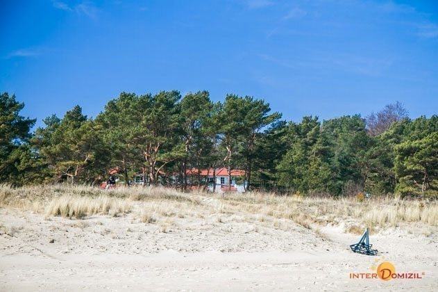 Blick auf das Haus Meeresblick vom Strand  von Baabe auf Rügen