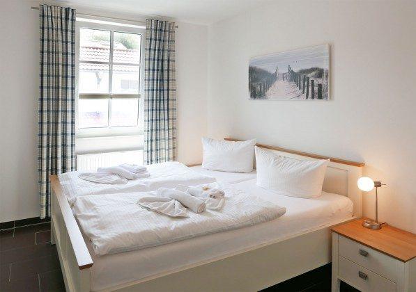 "Schlafzimmer 1 Rügen ""Haus Meeresblick"" Ferienwohnung Baltictraum mit Meerblick Ref. 128714"