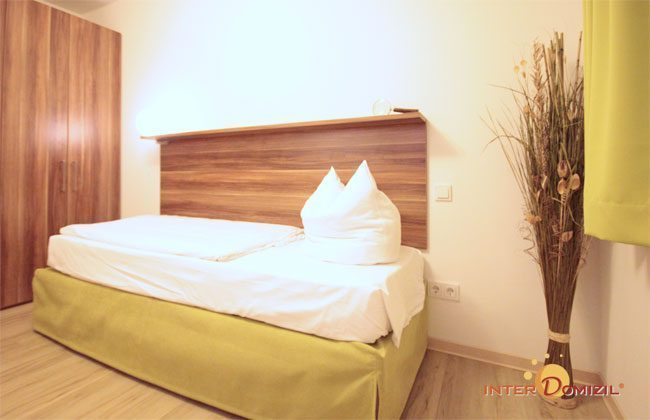 Schlafzimmer 2 mit 2 Betten