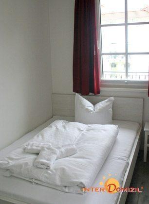 Schlafzimmer 2 Ferienwohnung Wellenreiter A 1.13 Ref. 134029