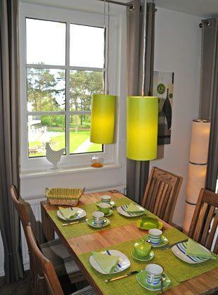 Blick durch das Küchenfenster Rügen Ferienwohnung Strandburg Ref. 136069
