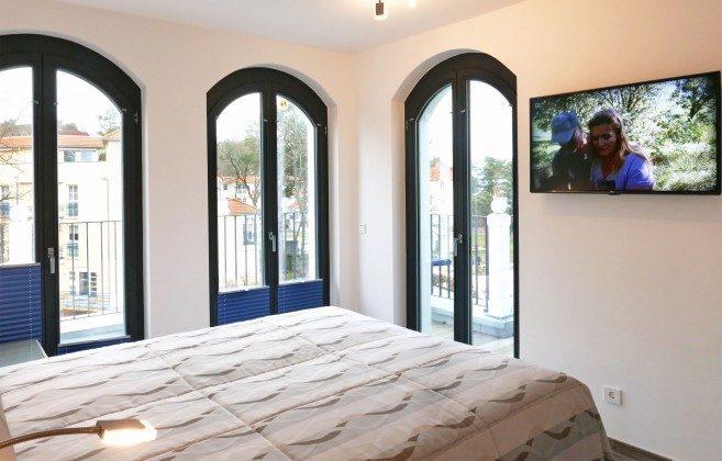 Schlafzimmmer 1 mit Fernseher Penthouse Ferienwohnung Passat Ref: 181975