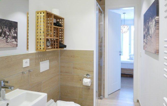 """Bad en suite Schlafzimmer 1 Ferienwohnung 06 """"Alte Seebrücke"""" Ref. 212177"""