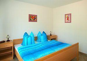 Schlafzimmer  100246-1
