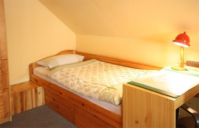 Schlafzimmer 2 mit Doppelbett und Einzelbett 146123