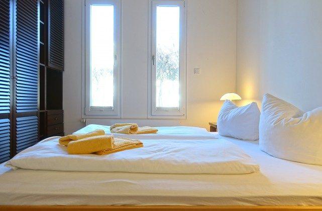 Schlafzimmer warnemuende ferienwohnung ref: 110426