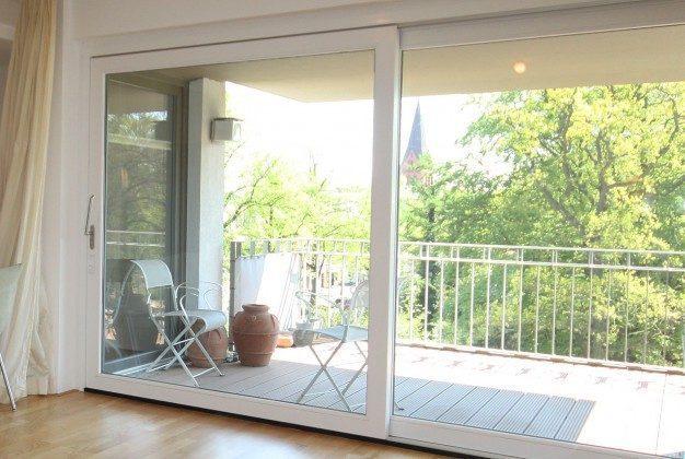 Blick ins Wohnzimmer Warnemünde Ferienwohnung Kranich Ref: 179214