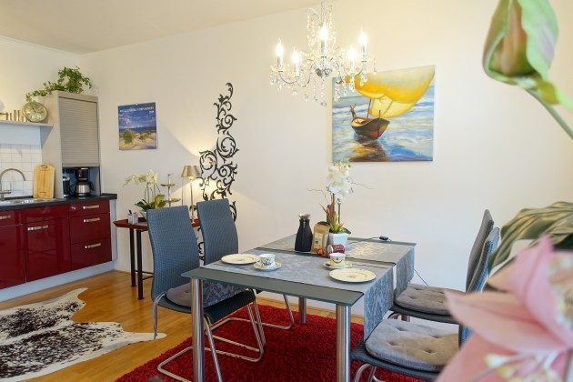 Essbereich Warnemünde Residenz im Kurpark Ferienwohnung Strandflieder Ref. 46732