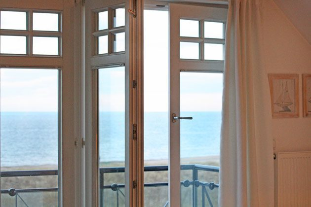 Warnemünde Ferienwohnung 2  / Villa am Strand