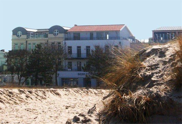 Warnemünde Ferienwohnung  Seeblick 1 Blick vom Strand