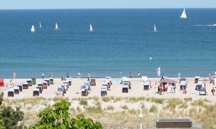 Blick bis zum Strand von Terrasse 1 Warnemünde Luxus Penthouse