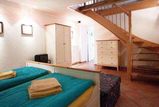 Doppelschlafzimmer unten Warnemünde Ferienwohnung Brücke Villa Minerva Ref: 191058-1
