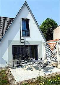 Warnemünde Ferienwohnung am Brunnen_Ref. 2853_Terrassenwohnung außen
