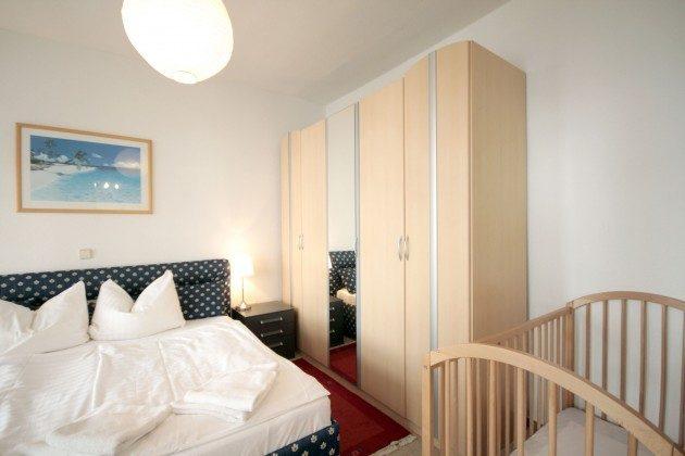 Warnemünde Ferienwohnungen mit Stil - rechts Schlafzimmer