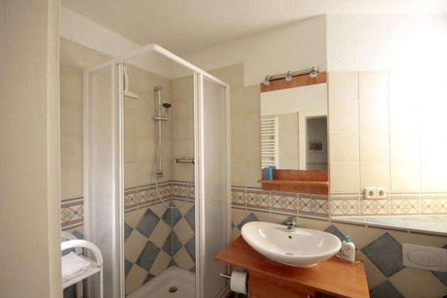 Warnemünde Ferienwohnungen mit Stil rechts Bad
