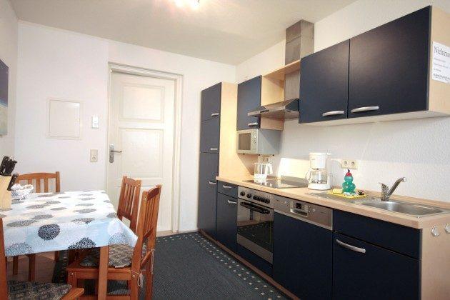 Warnemünde Ferienwohnungen mit Stil rechts Küche