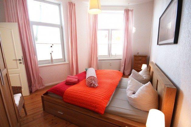"""Warnemuende Ferienwohnung  """"3 Möwen"""" - Doppelbettschlafzimmer - 38559 - 2"""