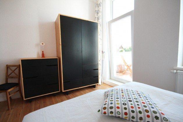 """Warnemünde - Haus Diana - Ferienwohnung  """"Fisch"""" - Schlafzimmer - 38559 - 3"""