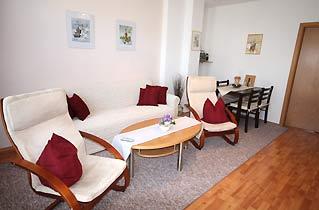 Wohnzimmer Warnemünde Ferienwohnung Windrose