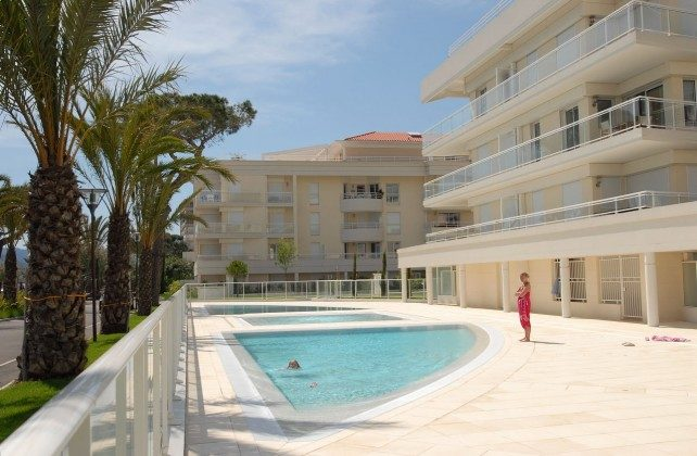 Apartments Royal Palm Poolanlage
