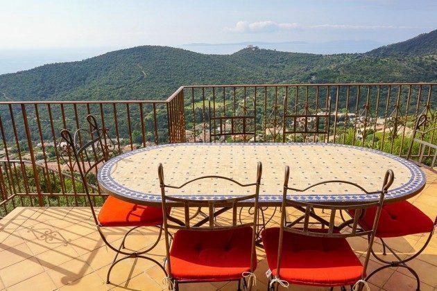 Ferienhaus mit Pool und Meerblick in Cavalaire