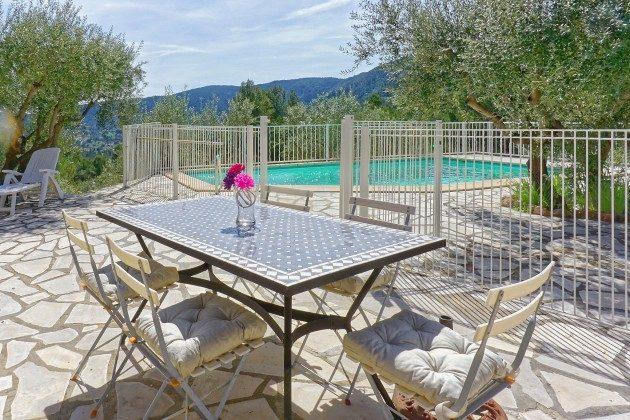 Ferienhaus mit Pool in Sollies-Toucas