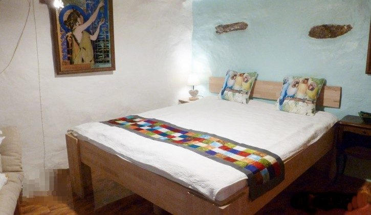 Schlafzimmer EG Bett 160/200