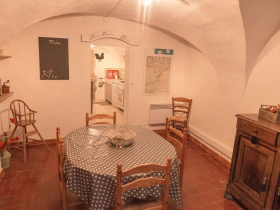Minerve Ferienhaus Ref. 95515-13 Esszimmer  2
