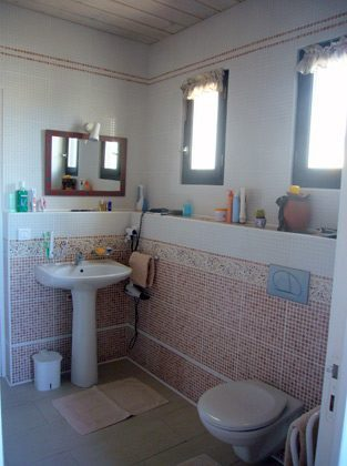 Ferienhaus Tresserre/Perpignan Badezimmer