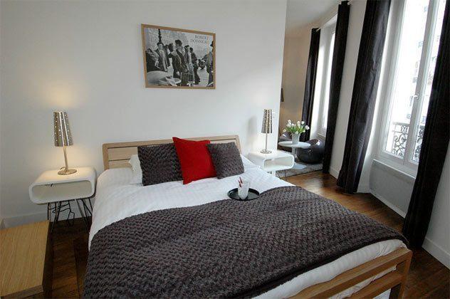 Schlafzimmer b Apartment Paris Bretagne Ref. 67038-10