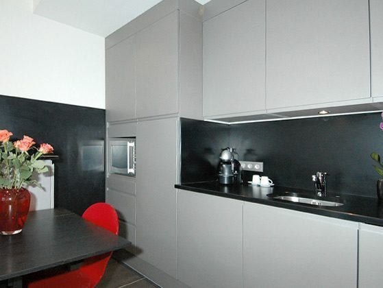 Küchenzeile b Studio Paris Temple Beaubourg Ref. 67038-9