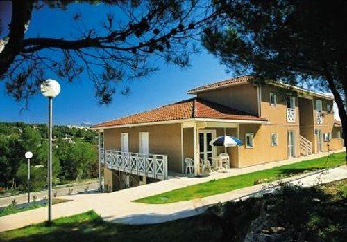 Ferienwohnung Provence mit Reiturlaub-Möglichkeit